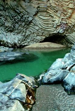 grotte gola alcantara